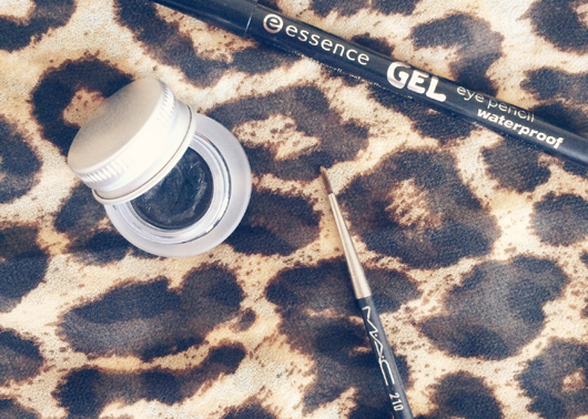 Tightlining tools | All Dolled Up